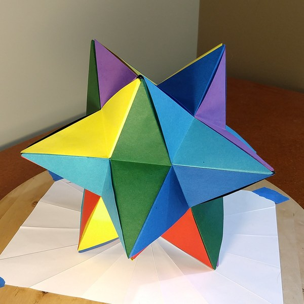 [stellated dodecahedron]